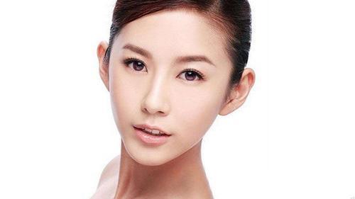 源自护肤品:敏感肌需要减少护肤步骤,精华水能代替爽肤水吗?