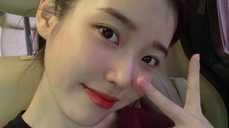 SUZY自创洗脸法,IU最爱捧脸按摩法!窥探韩国女星转季保湿护肤法