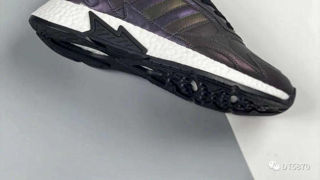 Adidas Tresc Run boost 反光三叶草 开箱