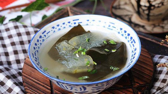 快立秋了,不想吃肉就喝这碗汤,3元煮1大锅,比鸡汤便宜,更鲜美