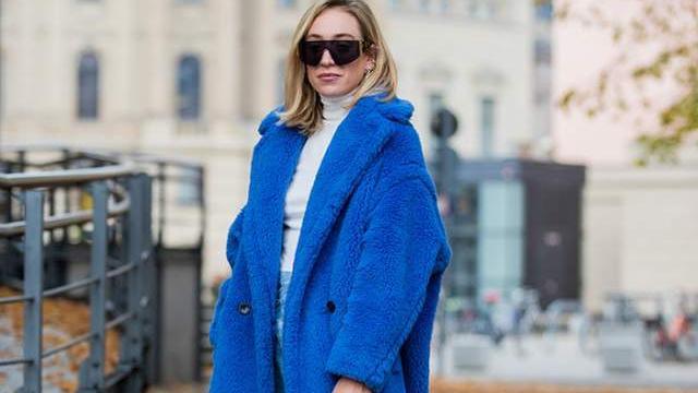 """今天穿什么颜色?超美的""""经典蓝穿搭""""灵感,学会了显高级"""