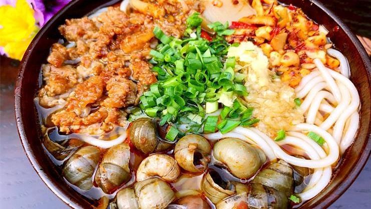 解馋又热乎的螺蛳粉,学会这两招让你爱上吃这味,比饺子还要好吃