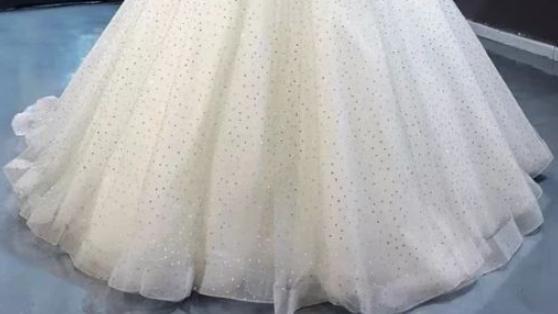 心理学:假如你是公主,你会穿哪款公主裙?测你在异性眼中颜值有多高