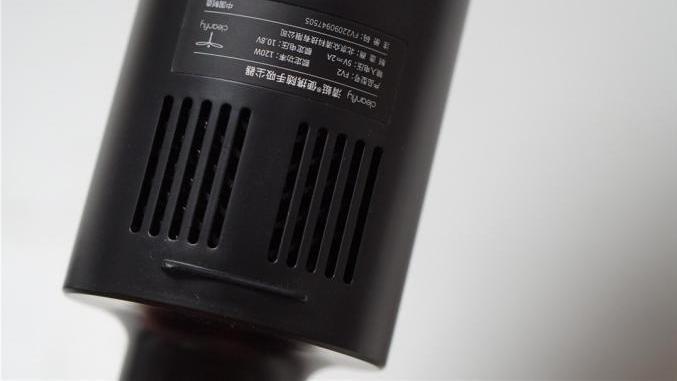 不占空间、花钱少,还能快速清理毛发、灰尘,清蜓便携吸尘器评测