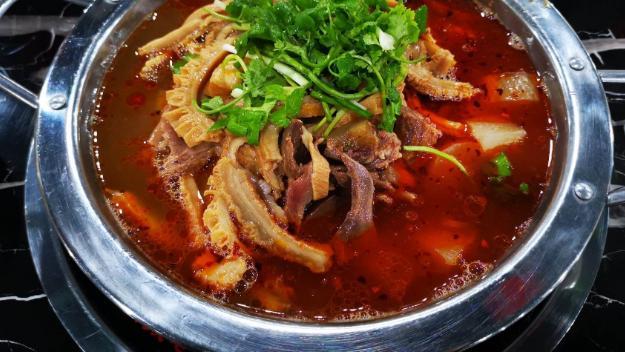 在我而言,好吃的火锅,从来没有什么重庆火锅和北京涮锅之分
