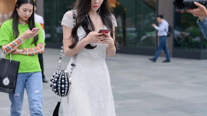 时尚穿搭带给你无限的魅力