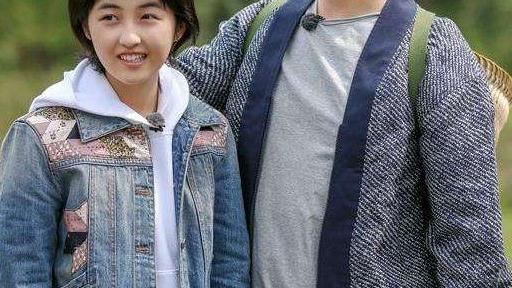 黄磊为什么独宠张子枫?看到她和41岁孙莉同框时,大家好像明白了啥
