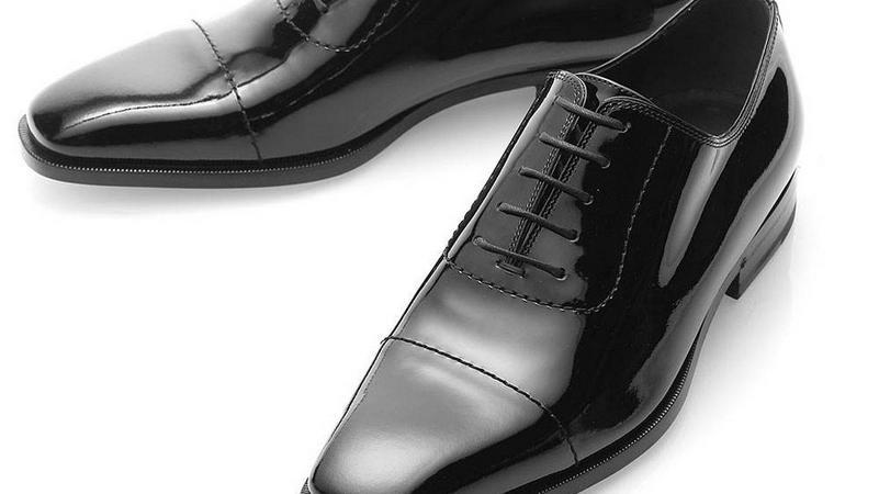 穿一双锃亮的皮鞋,拿出你的好气质,收拾皮鞋小技巧送给你不得不说
