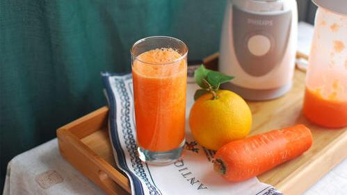 胡萝卜汁,美味的饮料,好吃的蔬菜