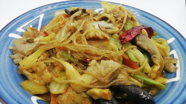 天冷,吃红烧肉不如吃它,膳食纤维丰富,一炒一煮真好吃,还通便