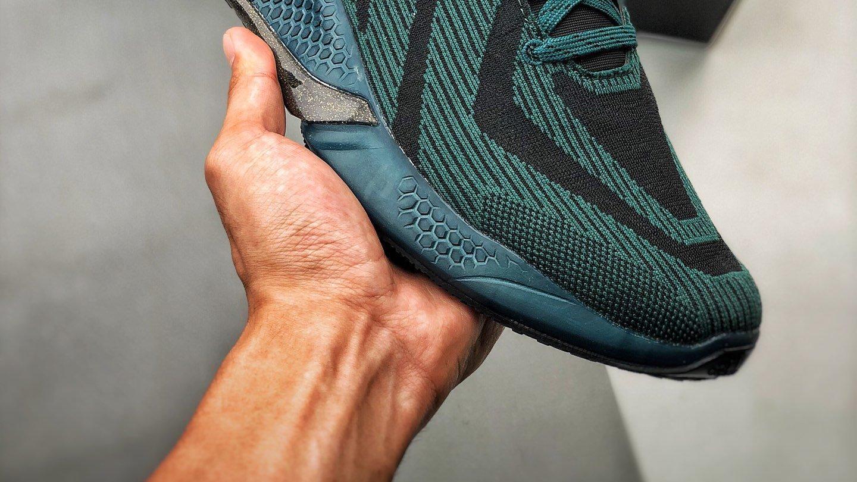 Adidas  AlphaBounce  Beyond m 阿尔法10代全新冰丝面