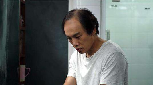 《隐秘的角落》岳普,揭露人性丑恶,改变朱朝阳人生轨迹的关键人