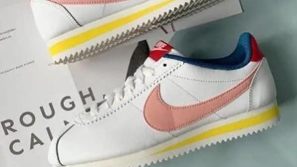 宛如初恋丨小仙女必入的一双Nike经典阿甘鞋