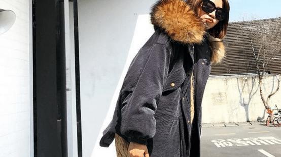 大毛领设计的冬款衣服,种类多样,保暖的同时又拥有高品位