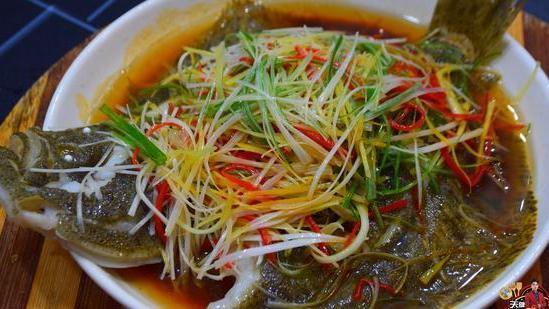 多宝鱼广东人都爱这样做,原汁原味做法简单,难怪那么多老广爱吃
