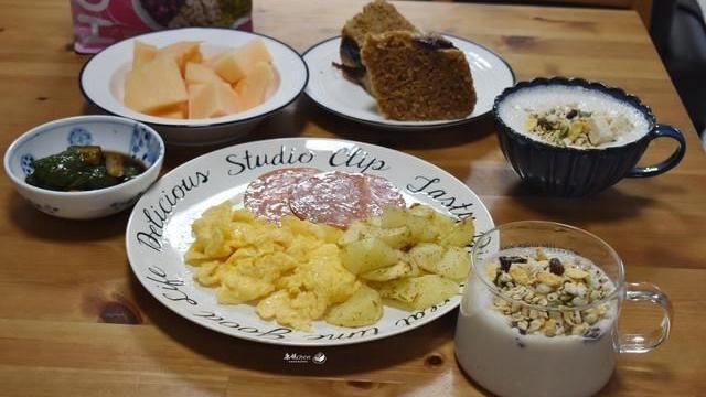 每天早起半小时,花心思给家人做早餐,把做早餐当成生活的乐趣