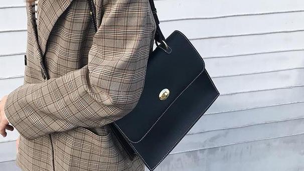 经典而又具有现代奢华感的单肩包包,你有没有再次心动不已