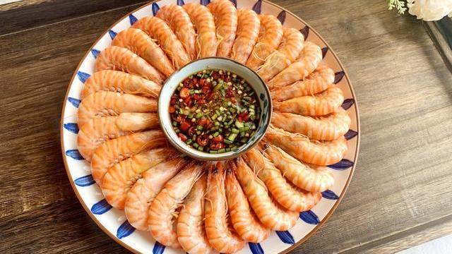 煮虾时,用热水还是冷水?原来都搞错了,难怪虾肉不鲜,腥味重