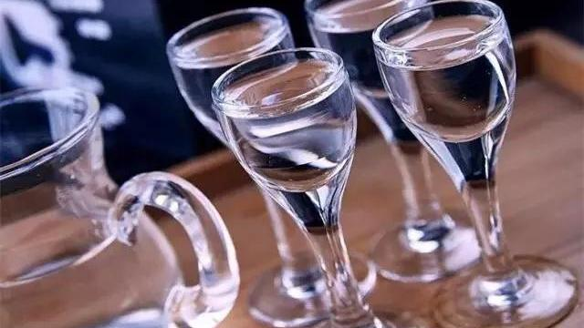 如何辨别优劣酒?教您几招简单的