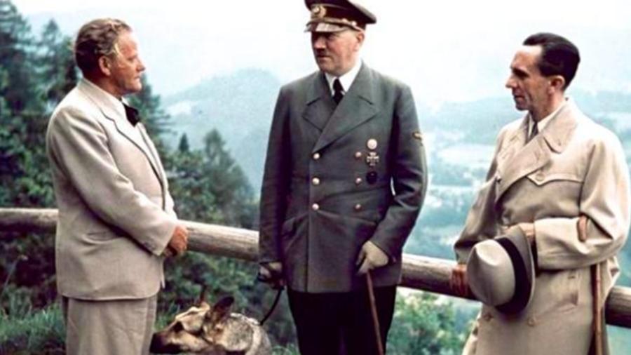 揭开恶魔背后的故事,希特勒喜欢动画片,曾经深爱亲侄女