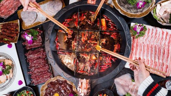 红糖糍粑和炸酥肉,个人觉得,这是重庆火锅店的优势