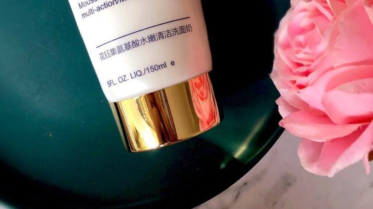 油性皮肤用哪些洗面奶能控油美白补水?这些洁面乳让你肌肤更干爽