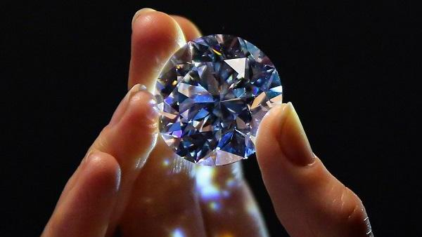 如何选购钻石饰品?需要注意什么吗