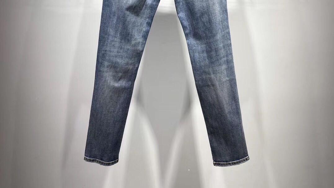 日常更新  Burberry巴宝莉 牛仔裤 15259240889