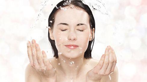 哪些适合干性皮肤的洗面奶?干性皮肤洗面奶排行
