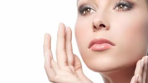 护肤心得|喷雾状的化妆水真的能补水吗?