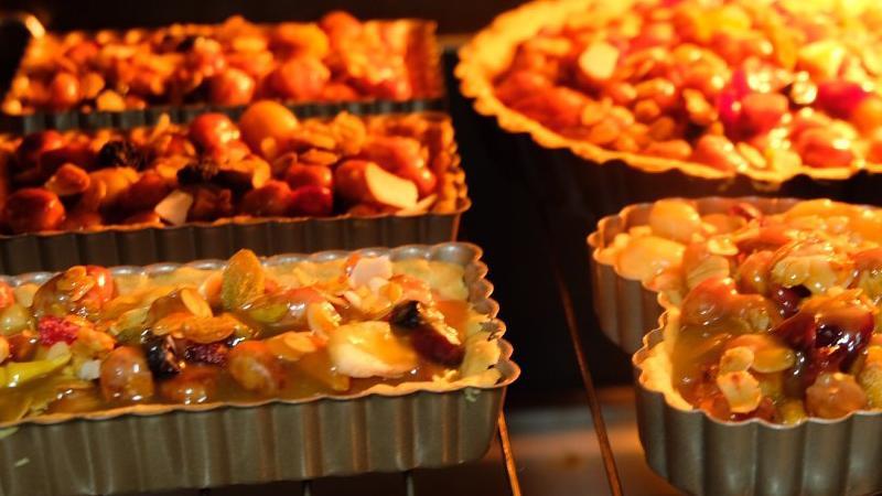 健康的焦糖坚果麦片塔,醇香坚果与酥脆塔皮,是不错的下午茶