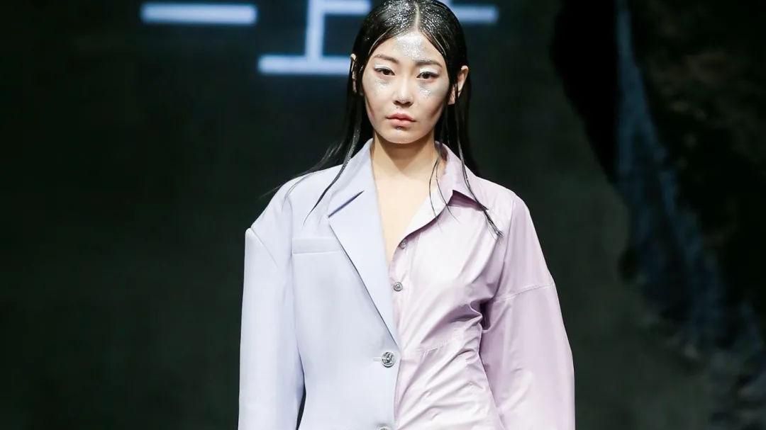 中国审美的崛起8,刚柔并济,现代女性之美