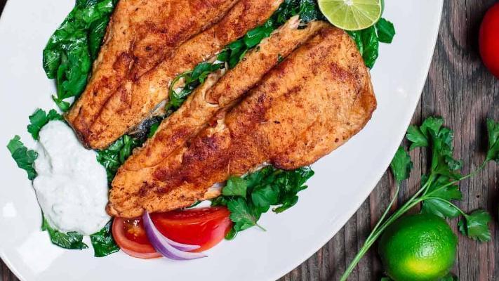 鱼类食品爱好者的福音,酸奶黄瓜酱配鳟鱼,好吃不腻