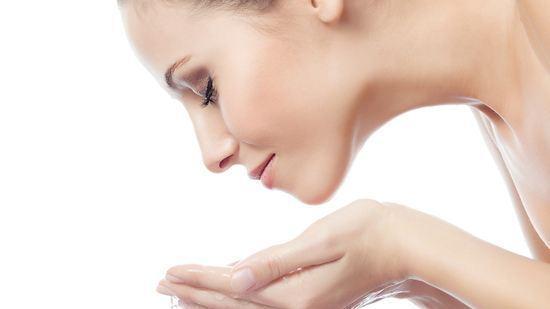 比较好用的美白洗面奶 五款帮你肌肤白嫩