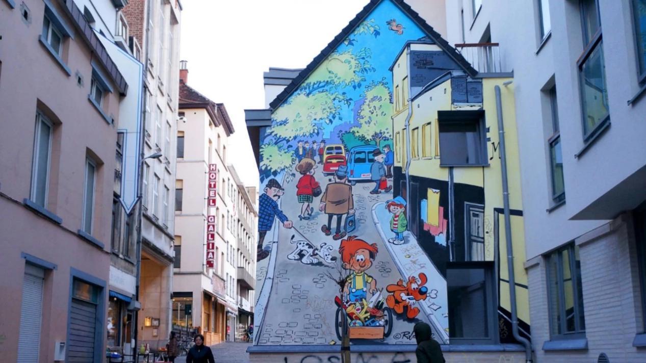 欧洲的漫画之城,蓝精灵诞生于此,还有最正宗的华夫饼