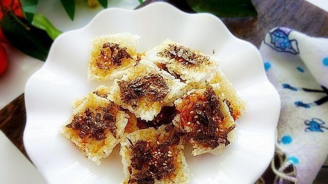 剩米饭别再炒了,做个磨牙小零食,嘎嘣脆,又营养,比锅巴还好吃