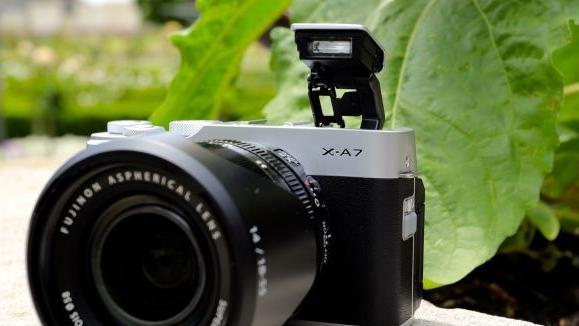 不仅有高颜值更是vlog拍摄新神器,富士X-A7无反评测