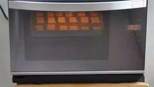 土豆也能做饼干,再加点它,酥酥脆脆,越吃越瘦!