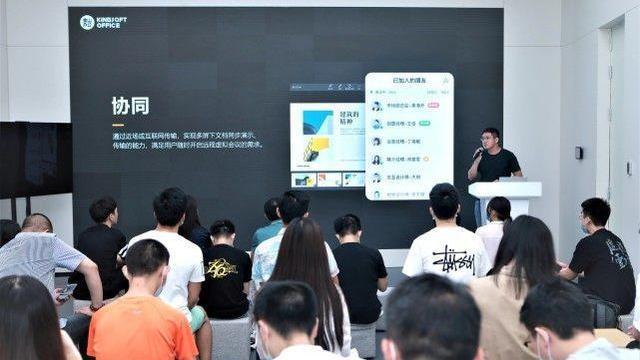 再过10天,华为新系统登场!迎来3大升级,流畅度比肩苹果iOS