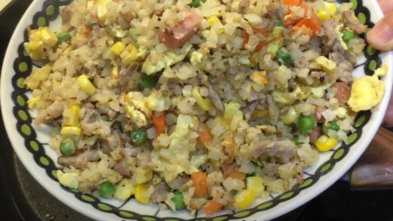 减脂餐系列之鸡蛋肉丝炒花菜饭,健康饮食不止步于蔬菜沙拉