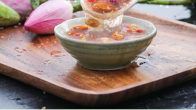 夏天来一碗清凉藕粉,补气色,养胃,重温小时候的美食享受