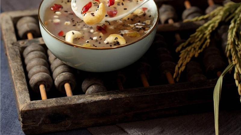 家庭版自制藕粉,无糖坚果藕粉营养又美味,古法熬制别有一番滋味