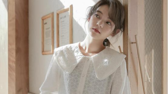 只知道白衬衣你就out了,这几种绝美衬衣穿法你一定要学会