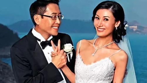 为什么许晋亨和何超琼离婚之后,选择了李嘉欣,而不是刘嘉玲?