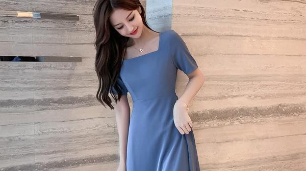 简约韩版时尚连衣裙穿搭 牡秀轩女装穿搭夏日推荐