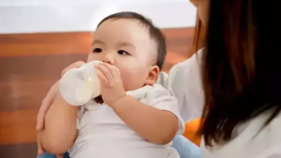 香港售进口奶粉检出致癌物,meiji、惠氏、美赞臣等均上榜,宝宝还能继续吃吗?