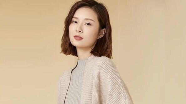 慵懒风中长款针织开衫,打造韩式女神范儿
