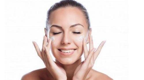哪款面膜适合混油皮肤质 控油补水面膜推荐