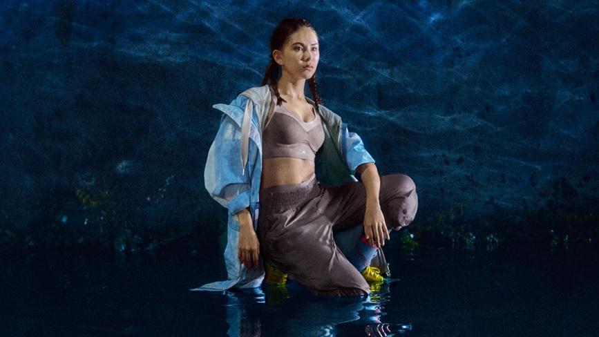 昆凌动感演绎Adidas By Stella McCartney2020系列舞出女力新风尚