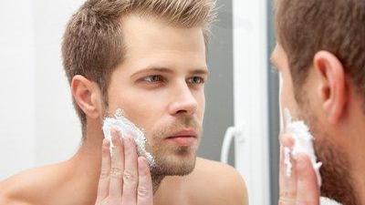 """""""直男""""还在用肥皂?想做个精致的""""猪猪男孩"""",这几步护肤得有"""